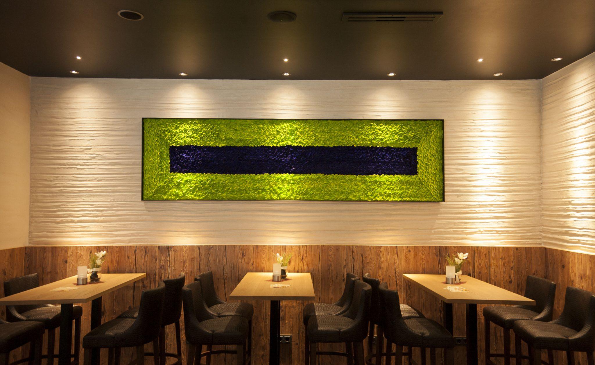 Rosenpaneel blau-grün im Restaurant Filmpalast Admiral